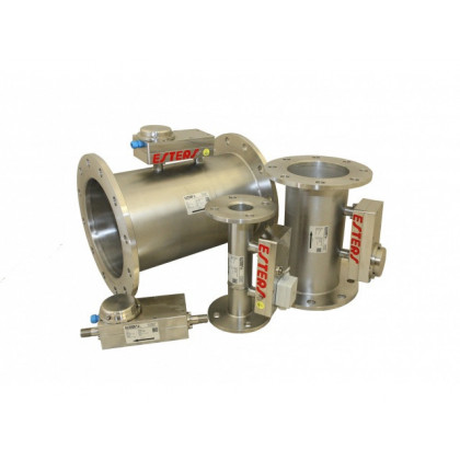 Fluidistor Gas Flowmeter GD 300 made of stainless steel with integrated condensate drain and optional redundant measurement method.